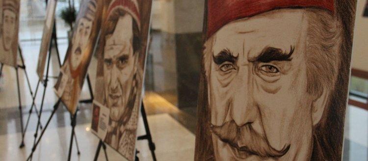 Ampute ressamın tuvalindeki Yeşilçam'ın ünlüleri