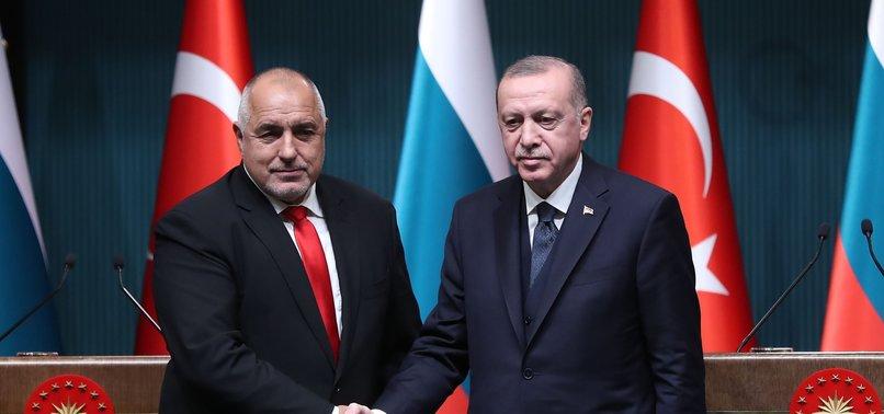 TURKISH PRESIDENT, BULGARIAN PREMIER SPEAK OVER PHONE