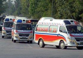 Pakistan'da iki yolcu otobüsü çarpıştı: 30 ölü