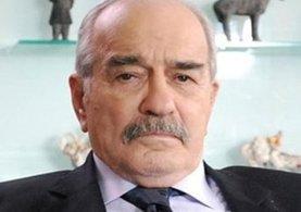 Usta tiyatrocu Fikret Hakan hayatını kaybetti