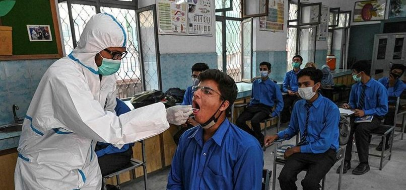 PAKISTAN TO IMMUNIZE CHILDREN OVER AGE OF 12 AGAINST COVID-19