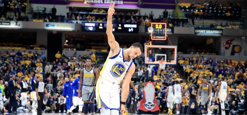 CURRYS HOT HAND SENDS WARRIORS PAST PACERS FOR 11TH IN ROW