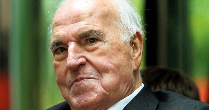 """""""Helmut Kohl herkesi yanılttı"""""""