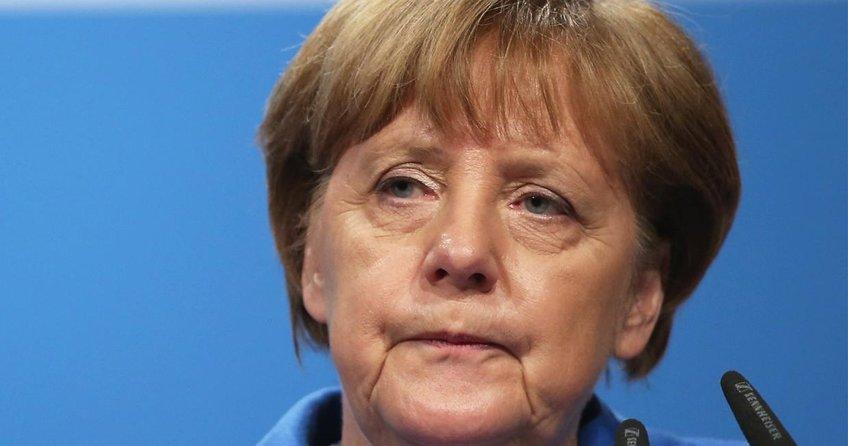 Merkel bizi kandırmaya çalışıyor!
