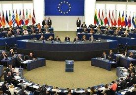 AP'den Yunanistan'a büyük şok: AB'den çık, borcunu silelim