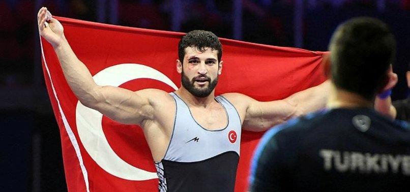 TURKISH WRESTLER WINS GOLD IN WORLD CHAMPIONSHIPS