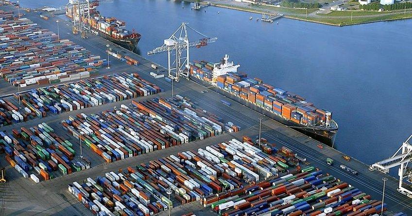 Almanyada ihracat azaldı, ithalat arttı