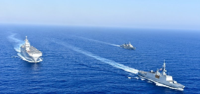 GREECE, FRANCE CARRY OUT JOINT MANEUVERS IN E.MED