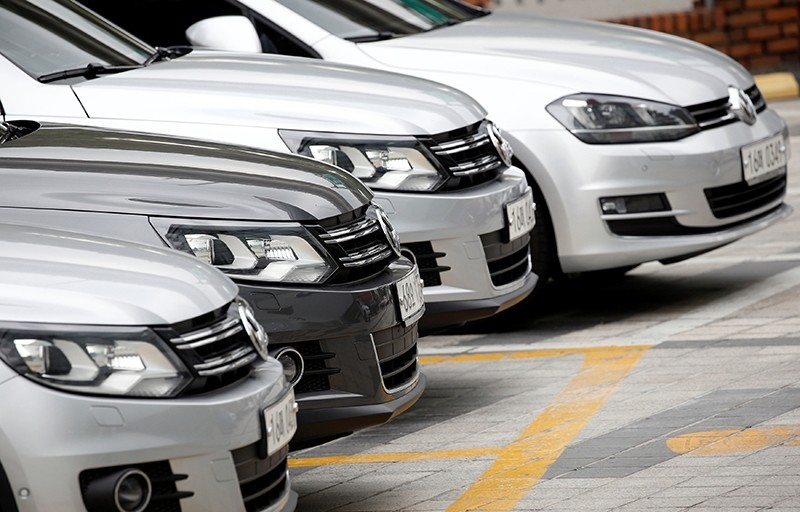 Volkswagen cars are parked at a dealership in Seoul, South Korea. (Reuters Photo)