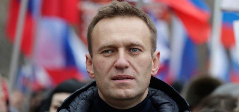 NAVALNY URGES EU TO SANCTION RUSSIAN OLIGARCHS