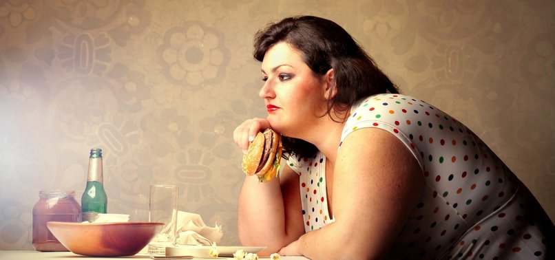 OBESITY SIGNIFICANTLY INCREASES CANCER RISK, ESPECIALLY FOR WOMEN, EXPERT WARNS