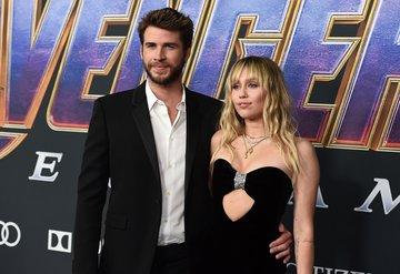 Liam Hemsworth, Miley Cyrusa boşanma davası açtı