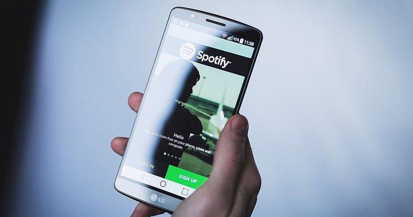 Spotifyın piyasa değeri bir günde Twitterı geride bıraktı