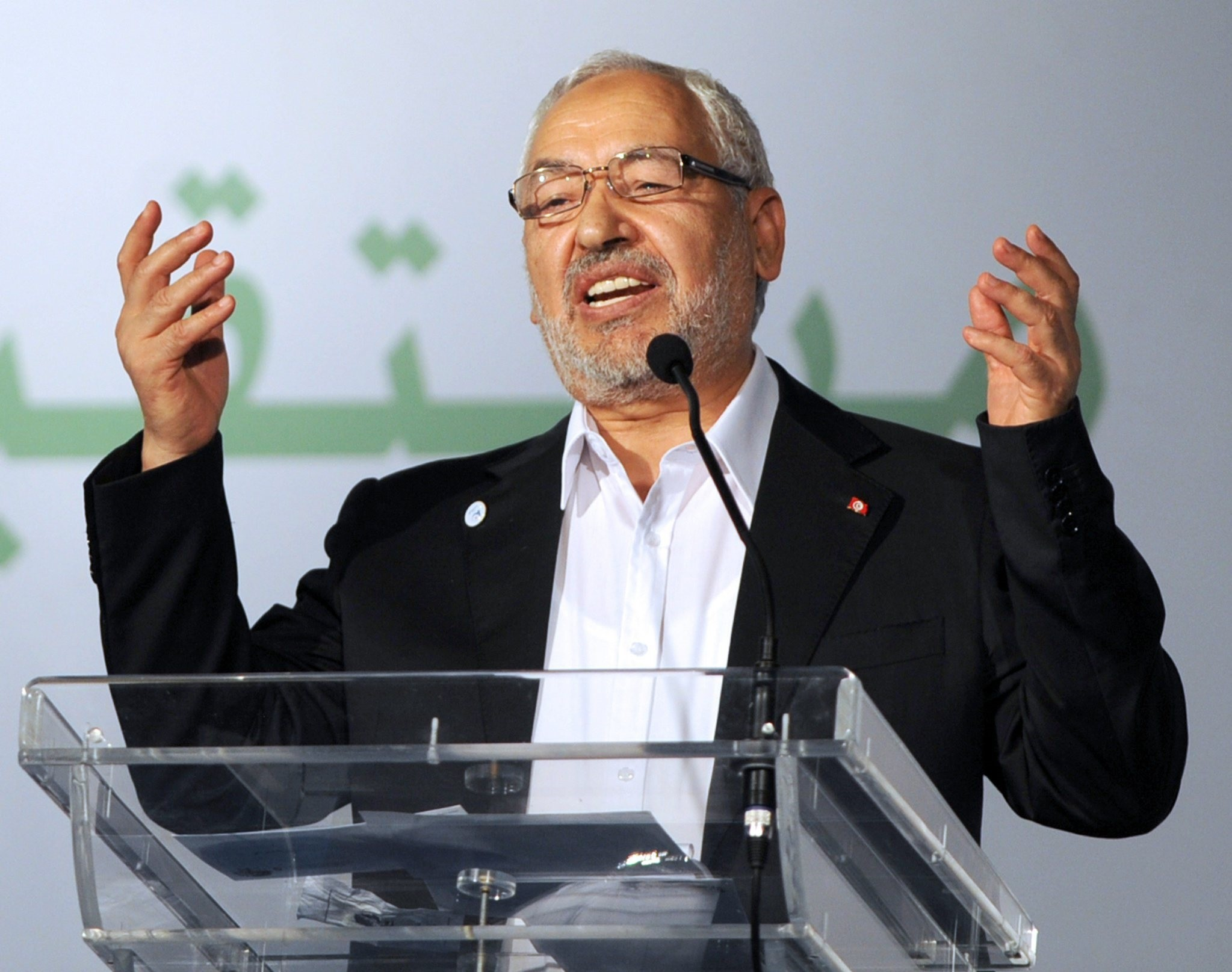 The head of Tunisia's ruling Islamist party Ennahda, Rached Ghannouchi gestures at the launch of its first congress at home in 24 years, on July 12, 2012 in Tunis. (AFP Photo)