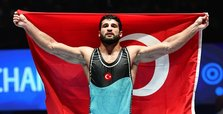 Turkish wrestler Metehan Başar wins gold in Paris