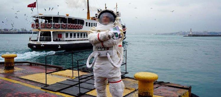 Sigaranın zararlarına astronotla dikkat çekildi