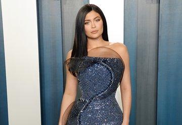 Kylie Jenner hala kendi servetini yapan en genç milyarder