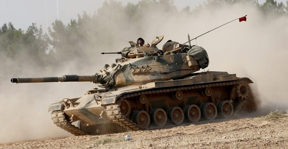 A Turkish tank on its way to the Turkish-Syrian border during Operation Euphrates Shield.