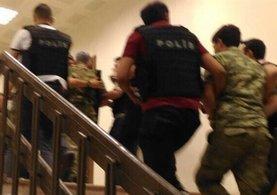 Darbeci askerlere duruşmada büyük şok: 18'i tutuklandı!