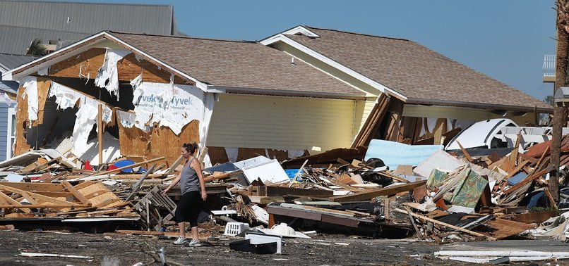 6 DEAD AS HURRICANE MICHAEL SMASHES THROUGH FLORIDA PANHANDLE