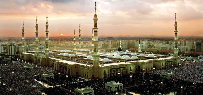 Muslims worldwide commemorate Prophet Muhammad's pilgrimage