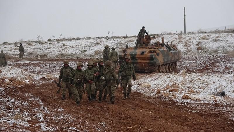 Turkish troops seen advancing near al-Bab, Syria, Dec. 29, 2016. (IHA Photo)