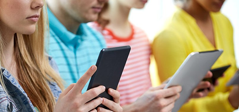 INTERNET AT FOREFRONT OF TECHNOLOGY ADDICTION: EXPERT