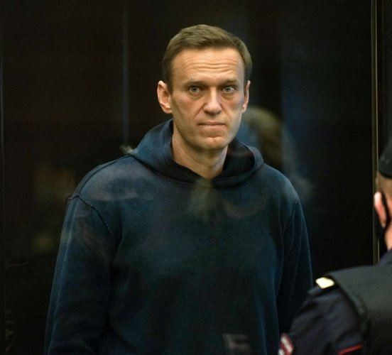 Russian's Navalny to end prison hunger strike