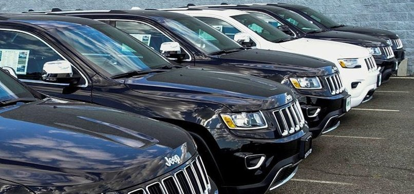 FIAT CHRYSLER TO RECALL 863,000 AUTOS OVER EMISSIONS