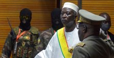 Mali swears in transitional president after coup