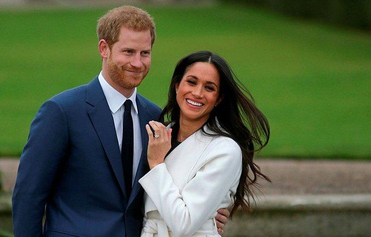 Prens Harry ve Meghan Markle'ın düğün tarihi netleşti. Az önce yapılan açıklamaya göre ünlü çift 19 Mayıs'ta evlenecek.