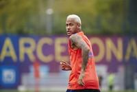 Spanish court re-opens case against Neymar for fraud in Barcelona transfer