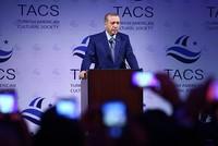 US VP Biden didn't know about weapons airdropped to Kobani, President Erdoğan says