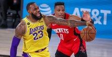 Davis, James power Lakers past Rockets, into 3-1 series lead