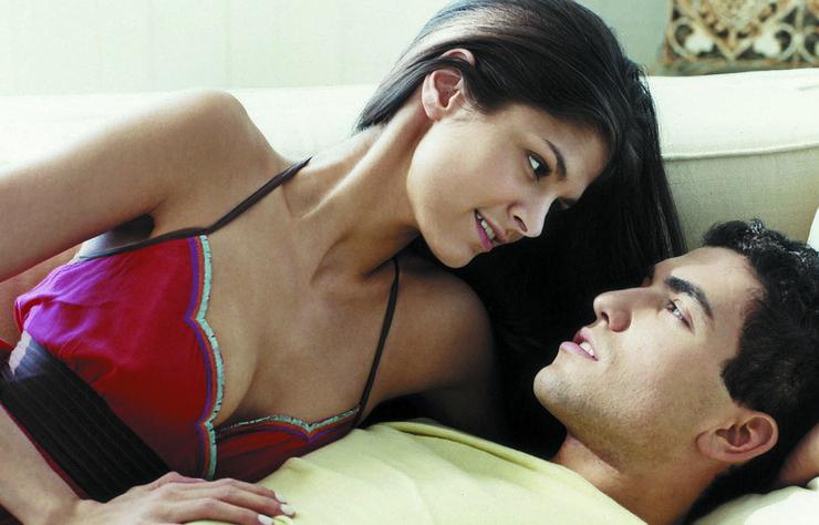 Beğendiğiniz bir erkekle sevgili olma yolunda ilerlerken bazı şeyler onu tahmin ettiğinizden de fazla korkutabilir.
